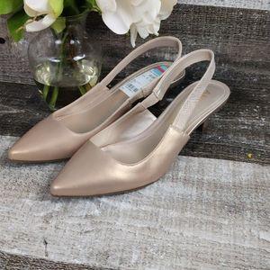 New Anne Klien gold sling back kitten heels